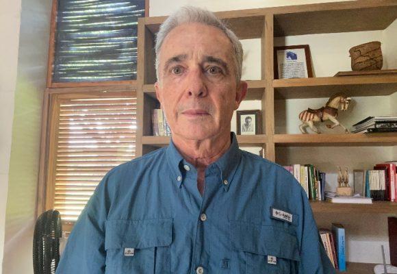 Con la detención de Uribe, peligra la libertad en Colombia