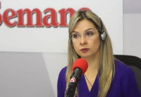 Vicky Dávila y la agenda mediática del uribismo