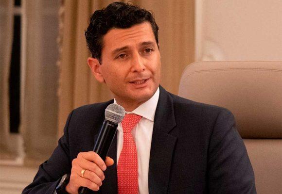 El super Jorge Castaño decidirá sobre 3 nuevos bancos internacionales