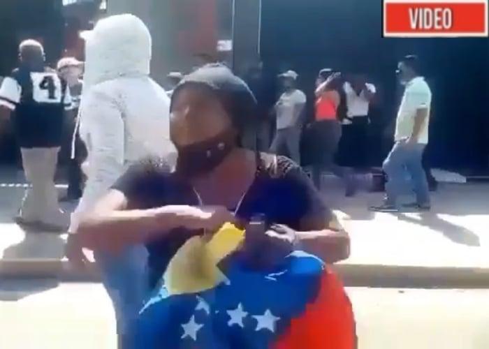 VIDEO: La gente en Venezuela vuelve a las calles a protestar contra Maduro