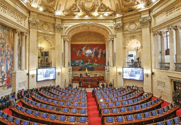 Estos son los 92 representantes que votaron a favor del Fracking en Colombia