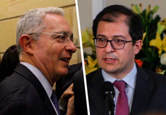 El expediente Uribe aterriza en la Fiscalía: sería público