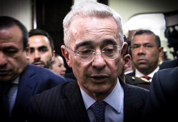 Castigo internacional a Uribe
