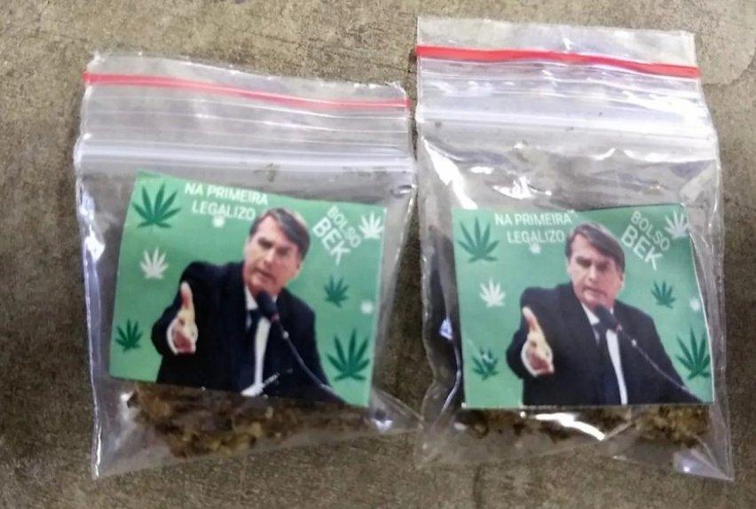 Paquetes de marihuana con pegatinas del presidente Jair Bolsonaro halladas en São Paulo (Fuente: Policía brasileña)