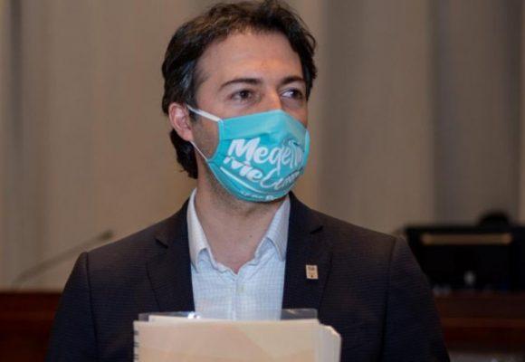 El Alcalde de Medellín tomó avión para entregar informe Hidroituango al fiscal