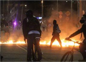 La alcaldesa López dura con la Policía: 7 fallecidos y 66 heridos a bala