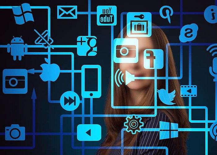 Polarización y virus ideológicos en la era de las redes, los algoritmos y la falsa democracia comunicativa