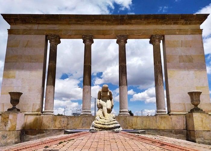 Derribando estatuas: la raza maldita