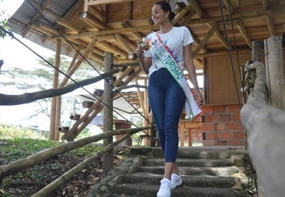 El recorrido de la Reina Nacional del Turismo por la zona arqueológica del sur del Huila