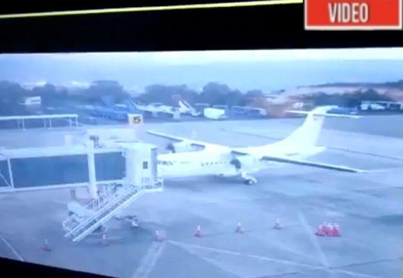 VIDEO: El momento en que un avión choca en el aeropuerto de Bucaramanga