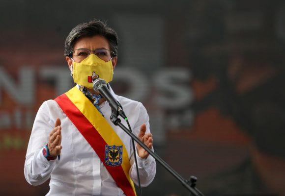 Claudia López condena aún más a los vendendores ambulantes en plena pandemia