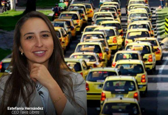 Una millennial, la mandamás de Taxis Libres