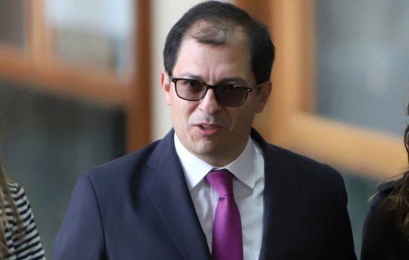 El Fiscal Barbosa mantuvo en secreto el COVID que padece