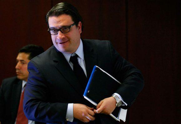 Críticas a Iván Cancino por pedir que miembros de M-19 vayan a la JEP
