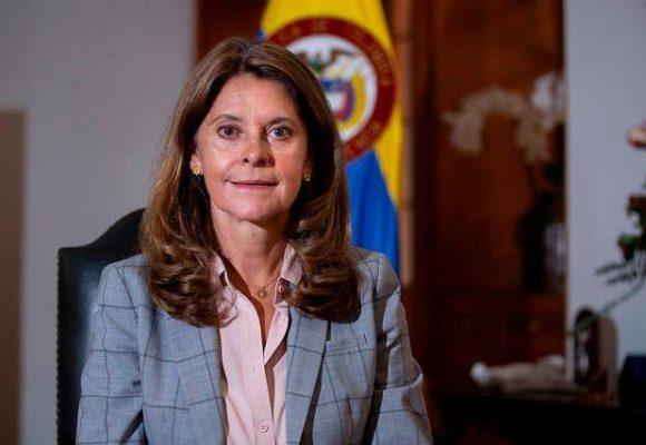 La vicepresidenta dio positivo para COVID