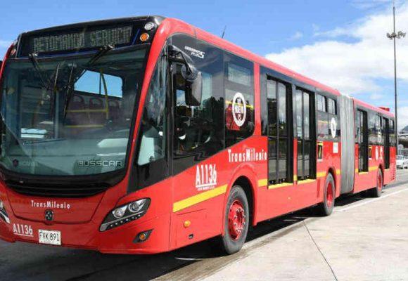 Asesinan a una persona dentro de un bus de Transmilenio