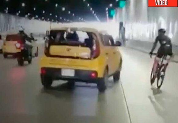 Ya saben quien fue el taxista que le tiró el carro a ciclista en Medellin