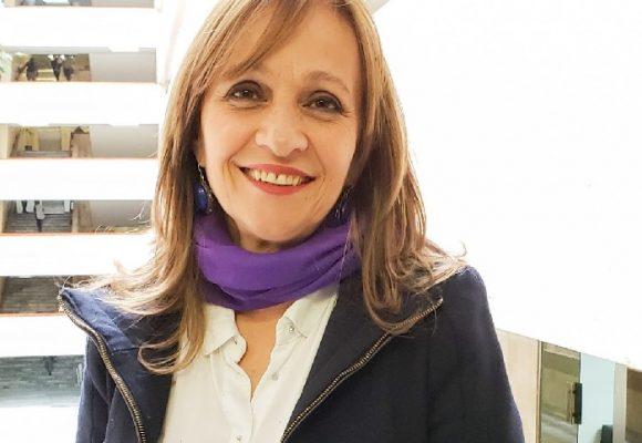 ¿Debería Ángela María Robledo renunciar a su curul?