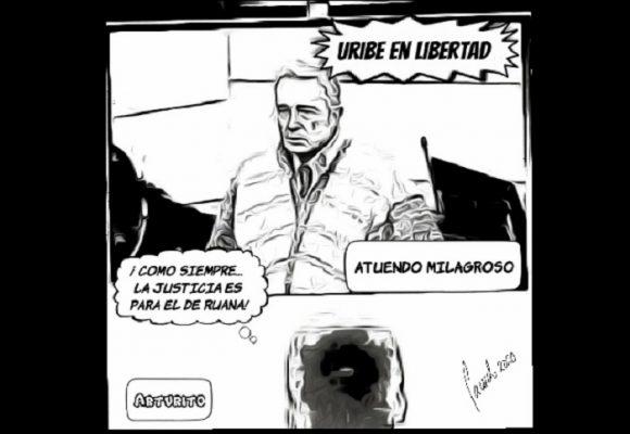 Caricatura: El atuendo milagroso de Uribe