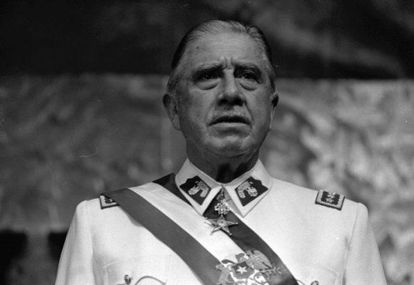 Tres octubres para superar los legados de la dictadura en Chile