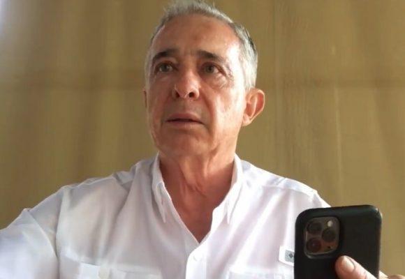 A quién prefieren que suelte: ¿a Uribe o a Barrabás?