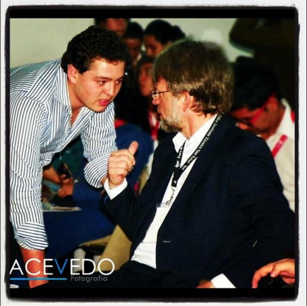 Carlos Mario Marín junto a Antanas Mockus. Foto tomada de Flickr Abuelo Carlos Mario Marín