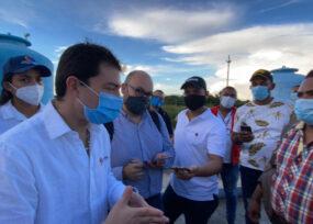 La maratón del contralor Córdoba tras los elefantes blancos en el Caribe