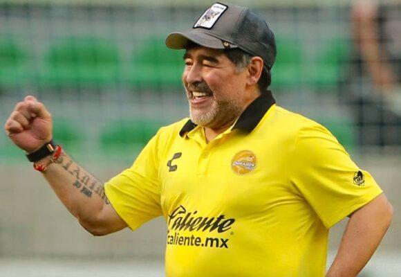 Maradona: redondo y humano, demasiado humano