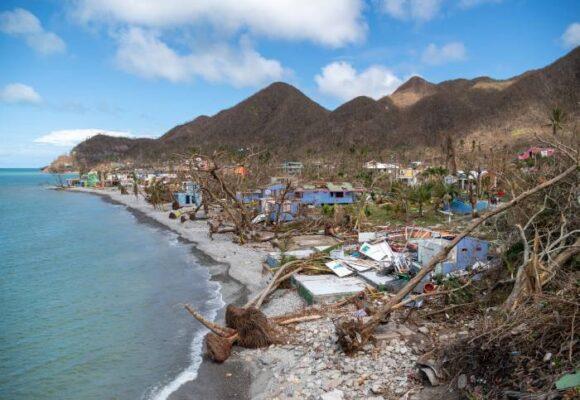 San Andrés, Providencia y Santa Catalina: huracanes, despojo y