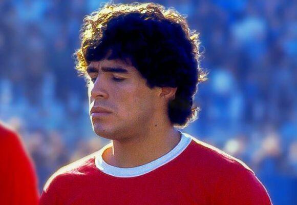 Maradona: semblanza de una deidad de potrero