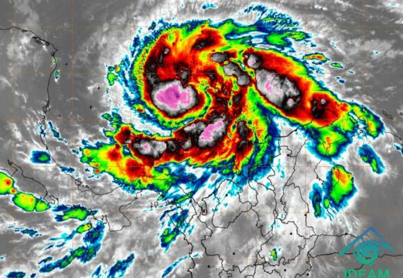 Alerta máxima en San Andrés por huracán