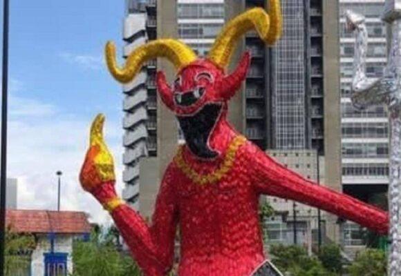 La simpatía por el diablo del alcalde de Medellín