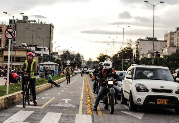24.376 casos nuevos y 588 fallecimientos más por Covid en Colombia