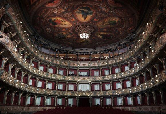 El Teatro Colón vuelve a abrir sus puertas