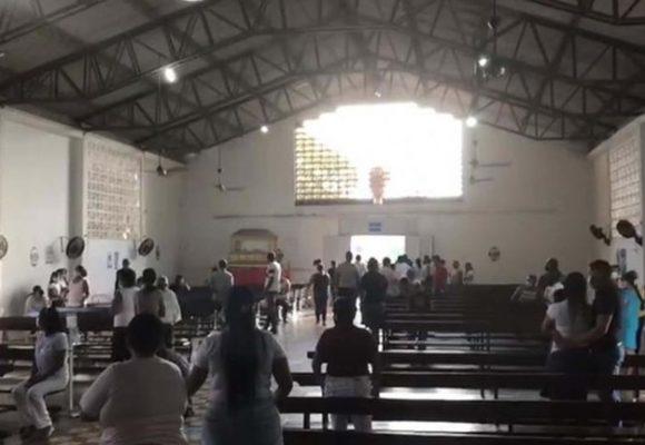 Dos familias enemigas inician balacera en plena iglesia de Barranquilla
