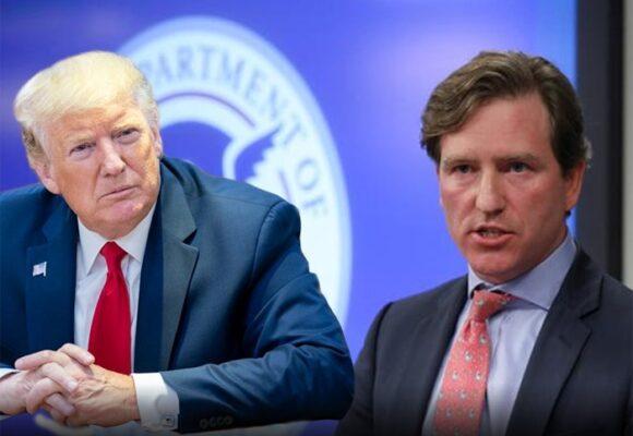 Trump sigue con su purga: saca a su jefe de seguridad cibernética