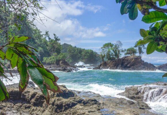 Bahía Solano, ¿un paraíso carcomido por los paracos?