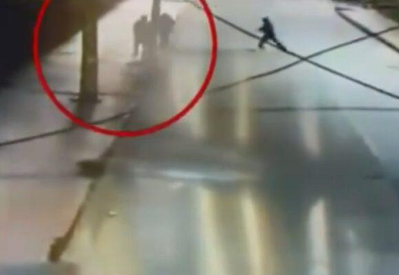 VIDEO: En Bogotá están apuñalando hasta para robarse la coca del almuerzo