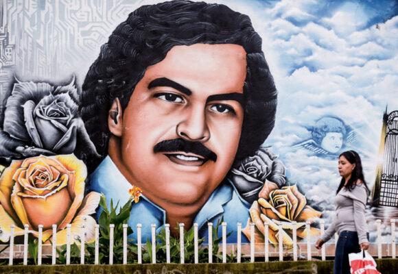 La adoración de los colombianos de bien por Pablo Escobar