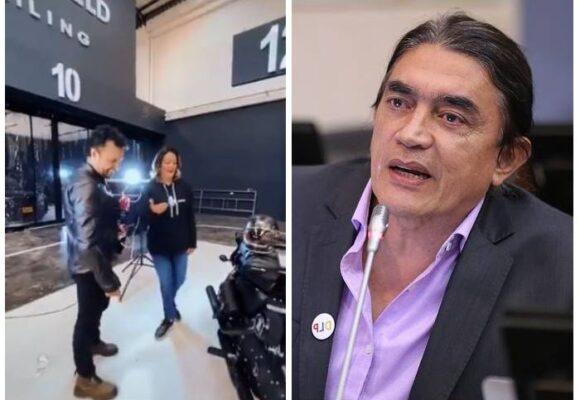 La fuerte arremetida de Gustavo Bolívar contra los uribistas