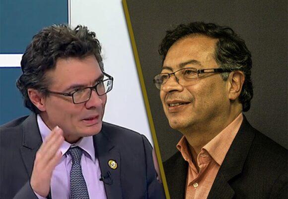 De oportunista y mentiroso trata Alejandro Gaviria a Petro