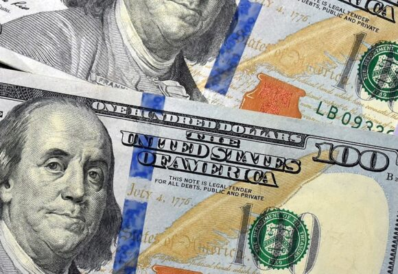 Durísima desplomada del dólar en Colombia