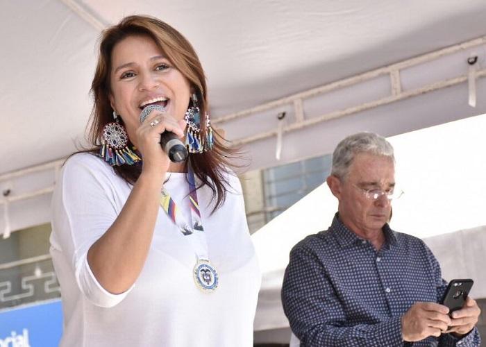Paola Holguín y su uribismo sin Uribe