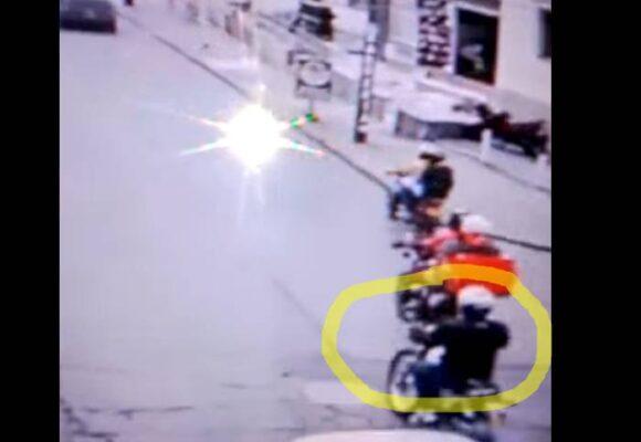 [VIDEO] ¡Mucho asesino! hombre causa accidente a motociclista y se vuela