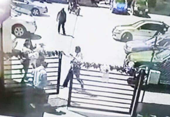 [VIDEO] Hombre roba el arma de vigilante y se suicida al occidente de Bogotá