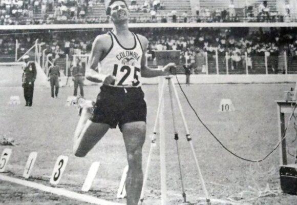 Adiós a Álvaro Mejía, el mejor atleta colombiano libra por libra