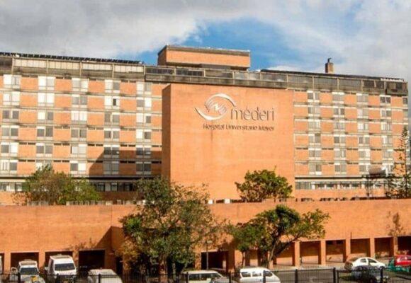 Paciente con COVID se lanza de cuarto piso en hospital en Bogotá