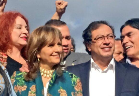 Cuando Gustavo Petro ninguneó públicamente a Angela María Robledo