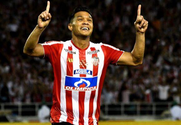 Teo, el futbolista que detestan sus rivales