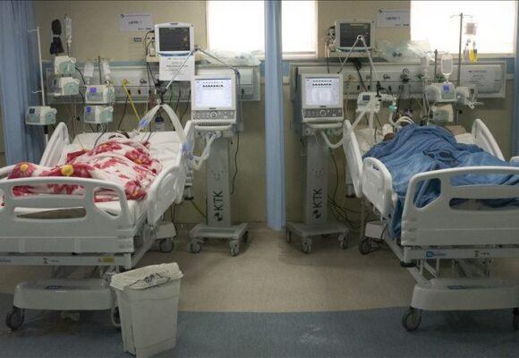 En Bogotá papá prefirió morir de COVID para darle cama en UCI a su hijo